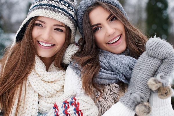 winter-portrait-of-fashion-female-friend