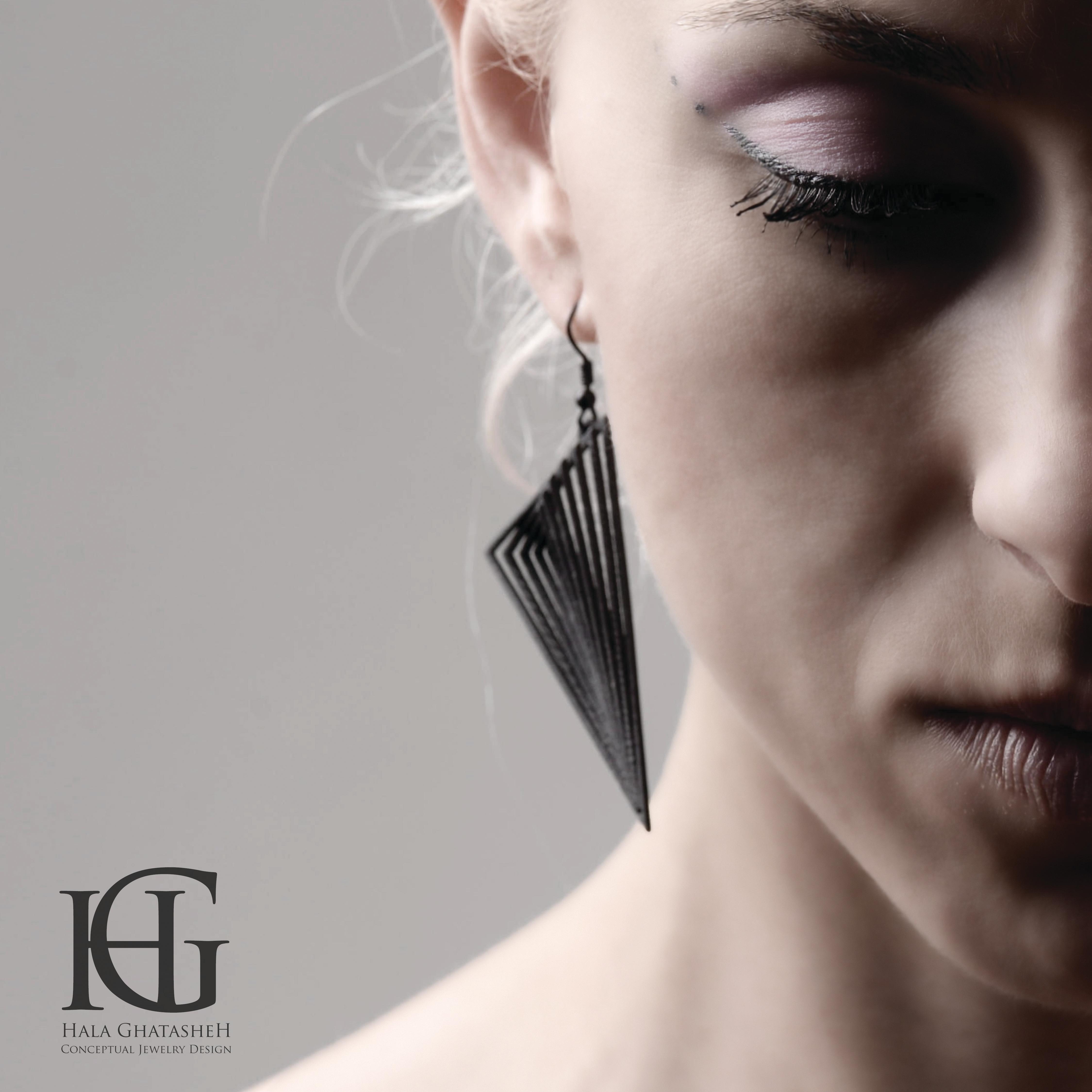 14_Earrings 03