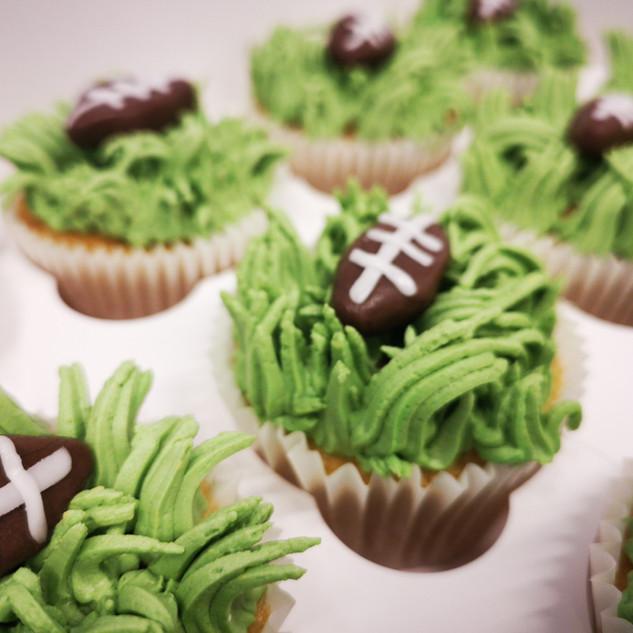 Rugby Cupcakes.jpg
