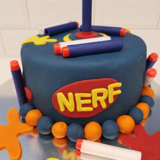 Nerf fondant cake.jpg