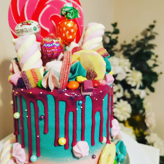 Overload Strawberry Cake