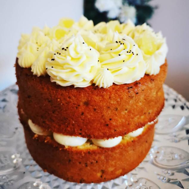 Lemon & Poppyseed cake