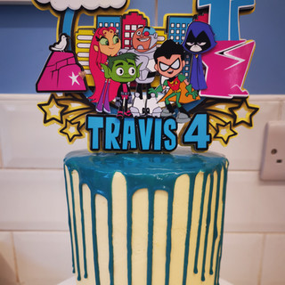 6Inch drip cake.jpg