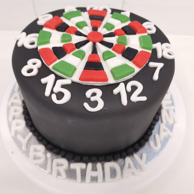 Dart Board fondant cake.jpg