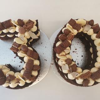 Kinder Number Cake - The Big '30'.jpg