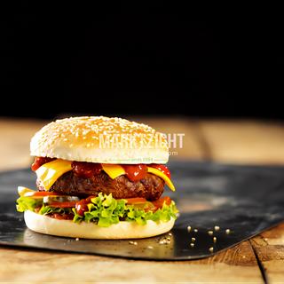 Cheeseburger (Kopie).png