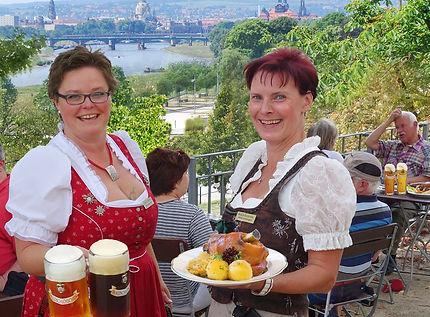 Hausgebrautes Bier, deftiges Essen und stimmungsvolle Live-Musik