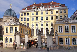 Dine exclusive in the Coselpalais directly at the Frauenkirche