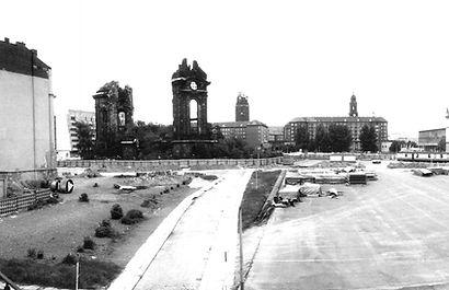 Trümmer der Dresdner Frauenkirche