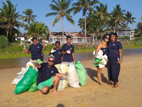 Successful first Sri Lankan beach cleaning!