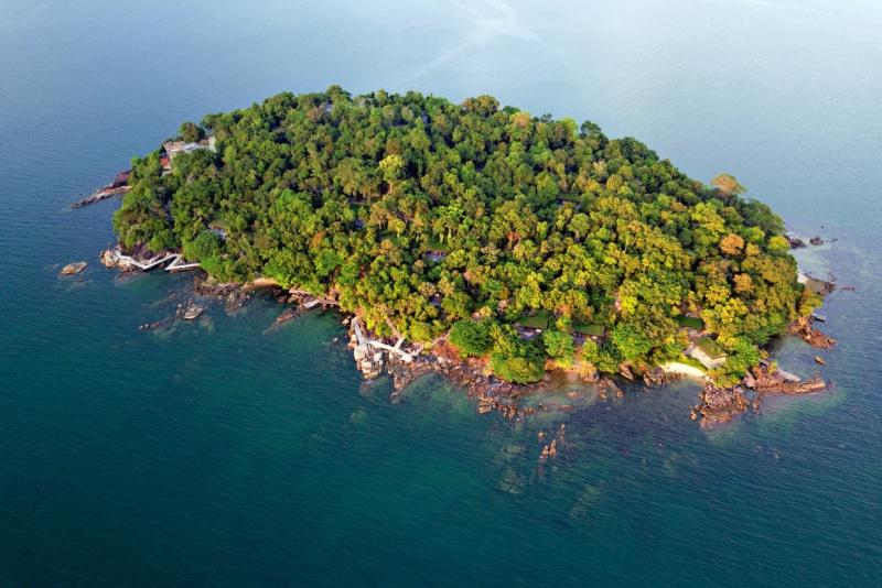 Krabey_Island_aerial_view_[7384-MEDIUM].