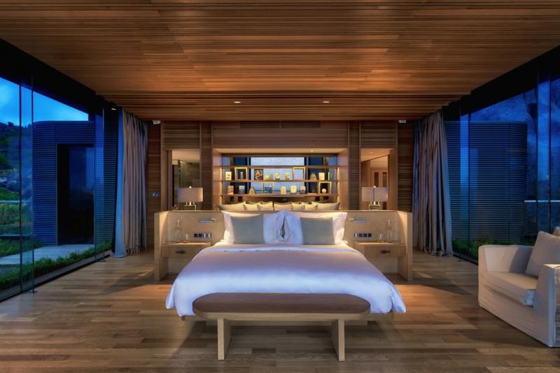2 Four-Bedroom_Residence_Master_Bedroom_