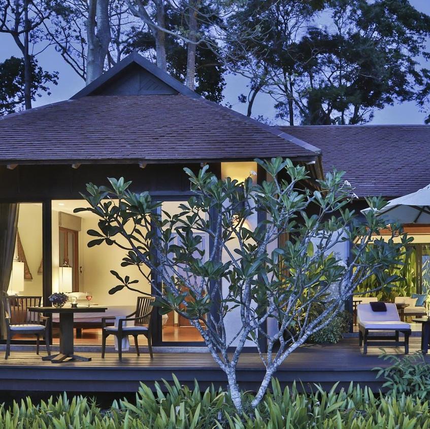 Pavilion-Suite-One-Bedroom-1-Copy-e15199