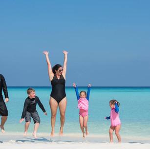 Супер предложение для семейного проживания в Six Senses Laamu, Мальдивы