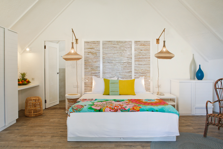 Beach_Pavillon_-_Bedroom_720x480_72_RGB