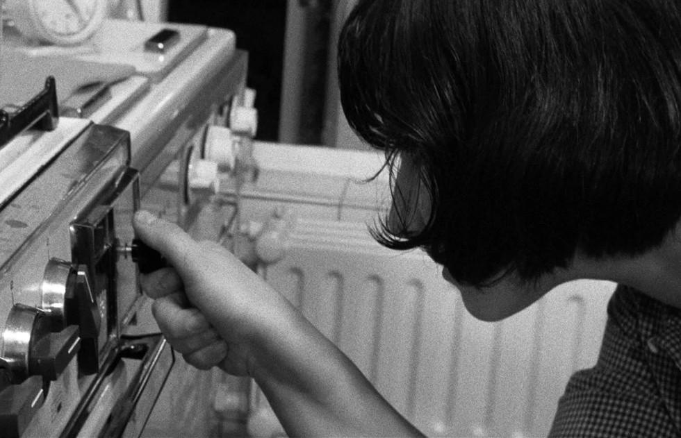 Saute ma ville (Chantal Akerman, 1968).j