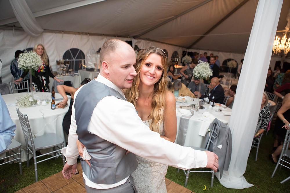 Sarah & Craig enjoying their special day on the dance floor!