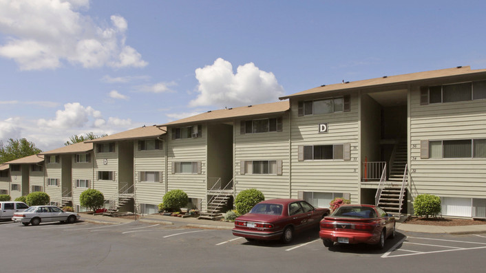 Multifamily bridge loan for The Groove funds