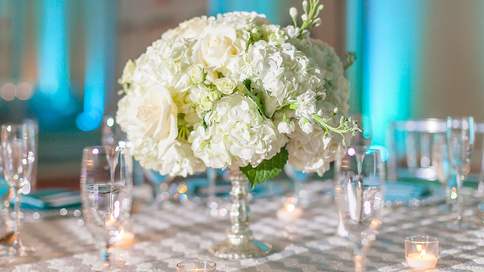 Stunning Center Pieces Prices by personal Quotation