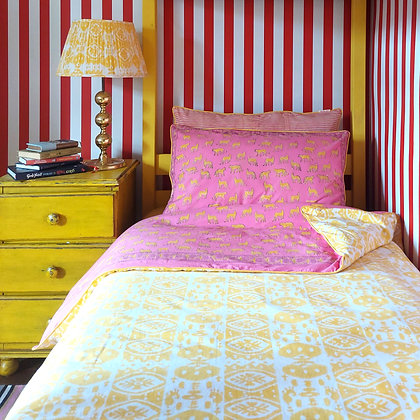 Reversible Kotiya & Ikat Cotton Bedding Set