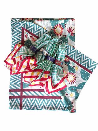 Thrive Festive Table Cloth & Napkin Set