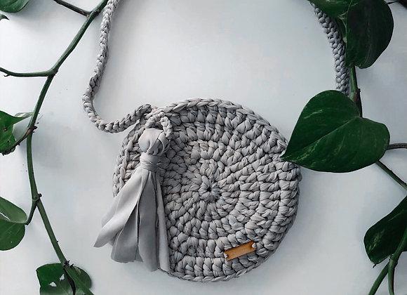 Bolsa redonda gris tejida / Bolsas bohemias