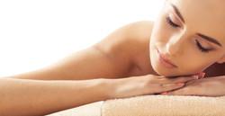massages aux pierres fines