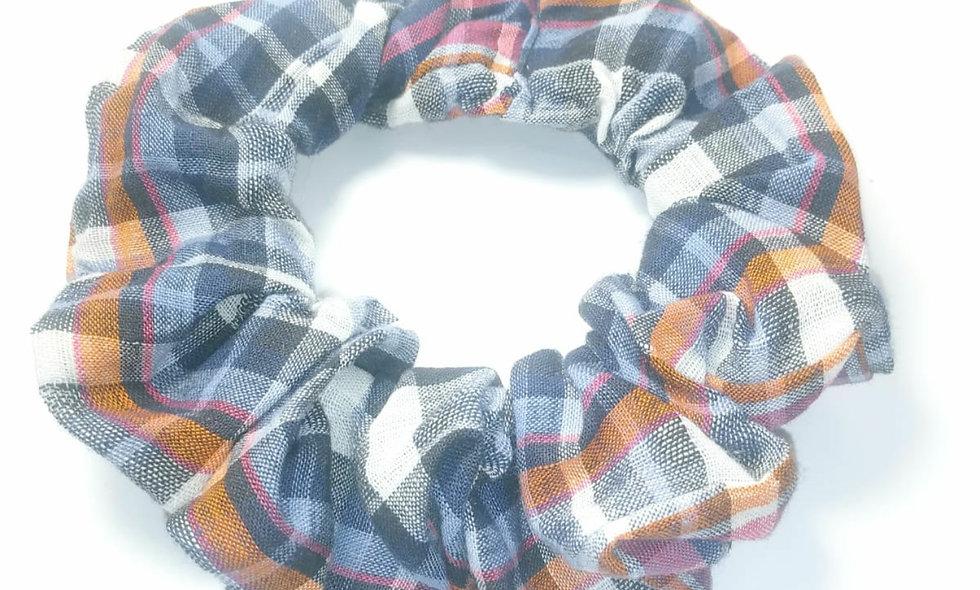 Plaid Pattern Scrunchie