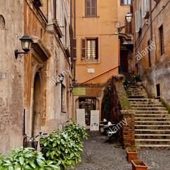 narrow-street-of-rome-italy-CCE35M.jpg