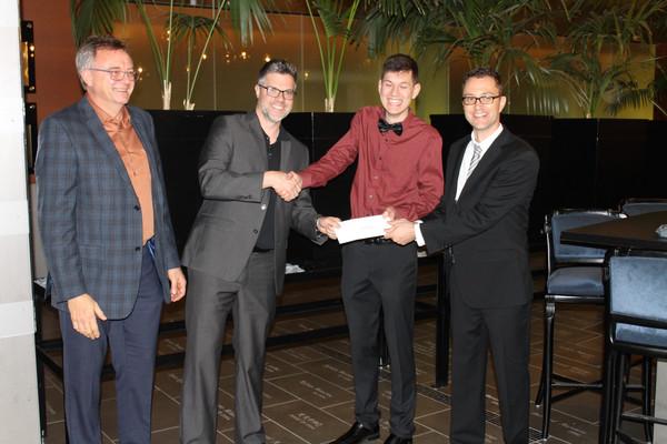 Lucien-Piché/NuChem Therapeutics Scholarship awarded to M. Cédric Dicaire-Leduc