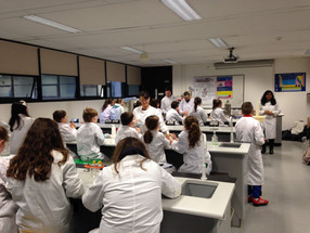 Young scientists enjoy experimenting on NUI Galway campus!
