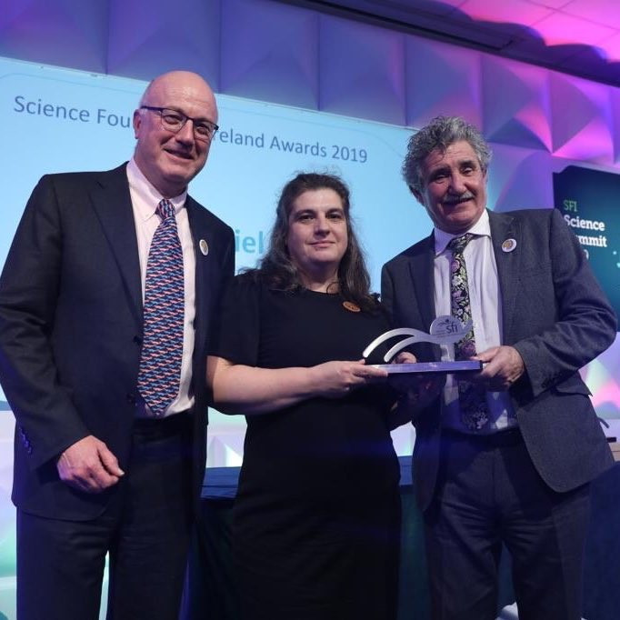 Muriel accepting her award. Pictured left to right: Prof. Mark Ferguson (SFI), Dr. Muriel Grenon (NUI Galway) and Prof. William Gallagher (UCD).