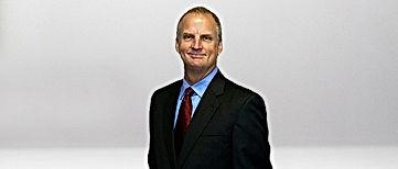 Vitreoretinal Surgeon Dr. Eric Holz