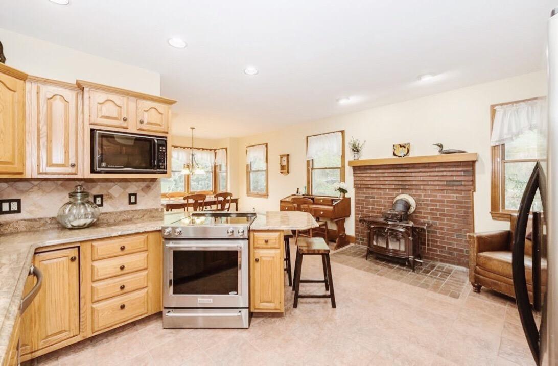 BEFORE: Farmhouse Kitchen Remodel