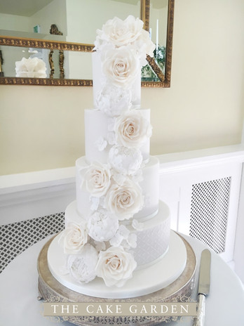 Cascade of caramel and white tea roses