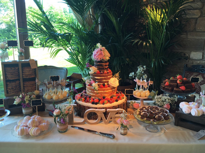 Rustic Naked Cake and desserts