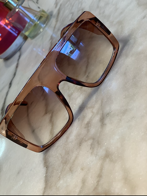 Oversized Cocoa Shades
