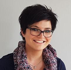 Manuela Schmelzle  Hebamme