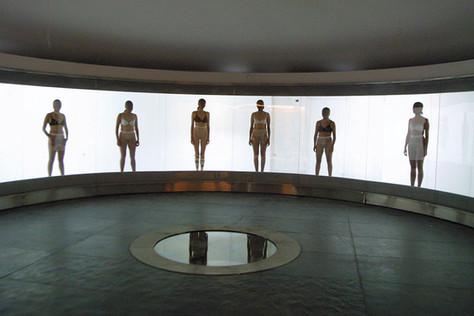 Intervención, Museo del Oro
