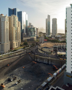The construction of a new skyscraper is underway in the Punta Pacifica neighborhood of Panama City. The capital is experiencing a construction boom which, over just a few years, has left its skyline unrecognizable. However, there are hundreds of empty apartments and offices in Panama, part of a real-estate bubble that most observers agree is fueled by drug money from Colombia and Venezuela, laundered through property in Panama. Panama