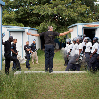 French, Canadian, Senegalese and American policemen train their Haitian counterparts. The program is financed by the United Nations Stabilization Mission in Haiti (Minustah). Port-au-Prince. Haiti
