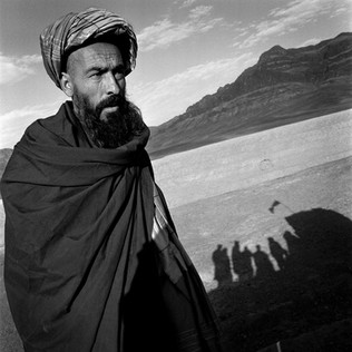 Amanullah Khan in one of his fortified strongholds. Amanullah Khan is a Pashto warlord in control of the valley of Zircu, near Herat. He was a Taliban and is now seeking collaboration with the central government of Hamid Karzai.