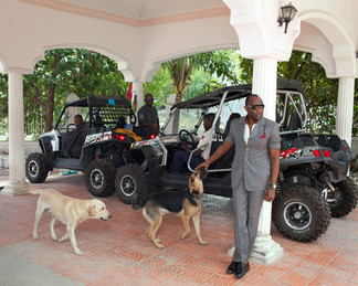 Mario Andrésol, though he left the Haitian National Police, still enjoys continuous protection supplied by the Ministry of the Interior. Belleville, Pétion-Ville. Haiti