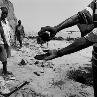 If you dig on a Luandan beach the sand is black after only a few shovel loads and a rich and dark oil spouts from the hole. Angola is a country so rich in oil and the oil is easily reached but the resulting wealth is out of reach of the Angolan people.