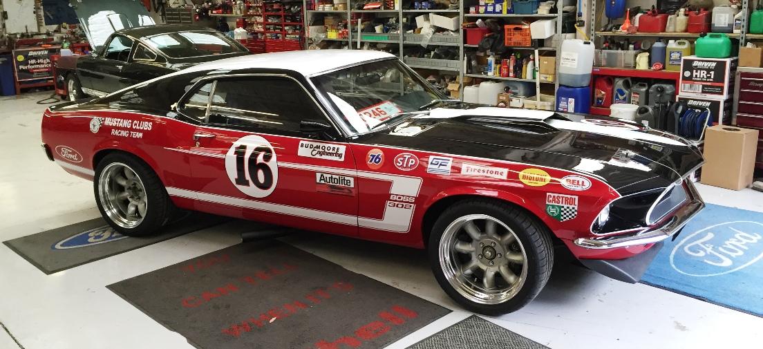 Replica Vintage Mustang Racecer