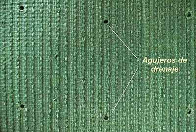 Drenaje en las mantas de grass sintético