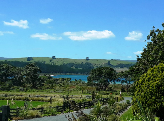 View of Kai Iwi Lakes from driveway