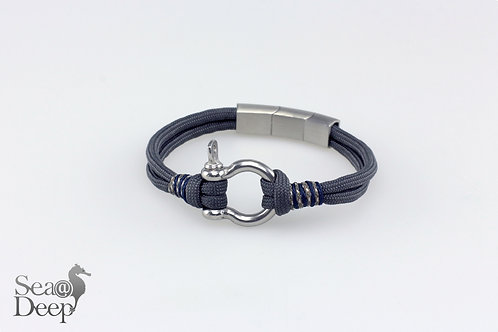 Silver Shackle Grey Rope