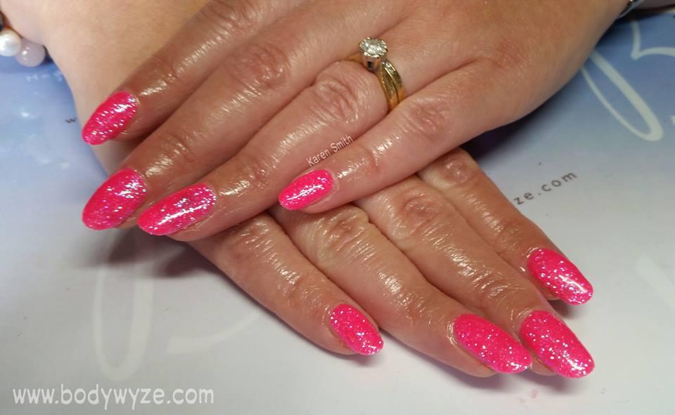 pink glitternails