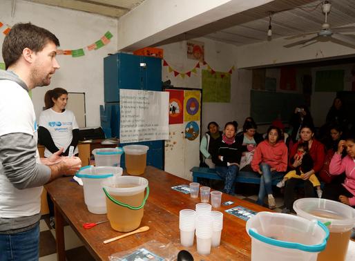 """""""Agua segura para los niños"""" en CONIN Barracas"""